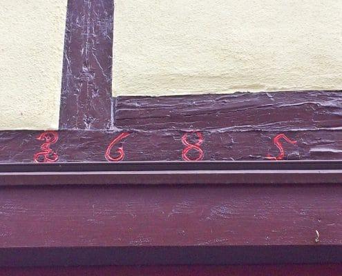 Weilburg, eine 1 als Äskulap-Stab