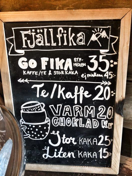 Kaffee- und Kuchen-Angebot in Saltoluokta