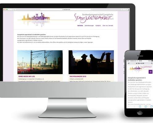 Responsives Webdesign für Bundesarbeitsgemeinschaft Evangelische Jugendarbeit e.V. – Ansicht Monitor und Smartphone