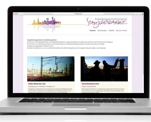 Responsives Webdesign für Bundesarbeitsgemeinschaft Evangelische Jugendarbeit e.V. – Ansicht Notebook